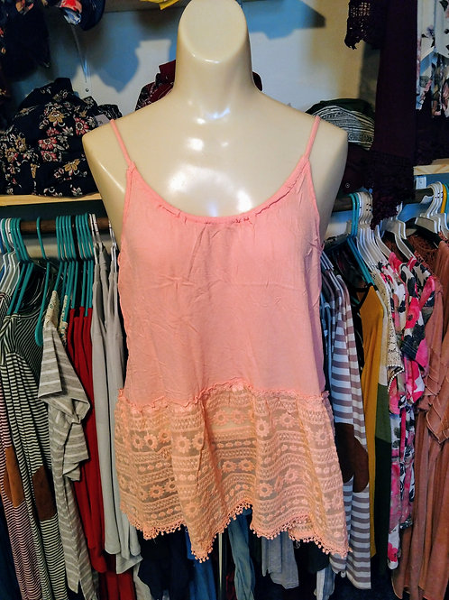 Pale pink tank with detail on bottom