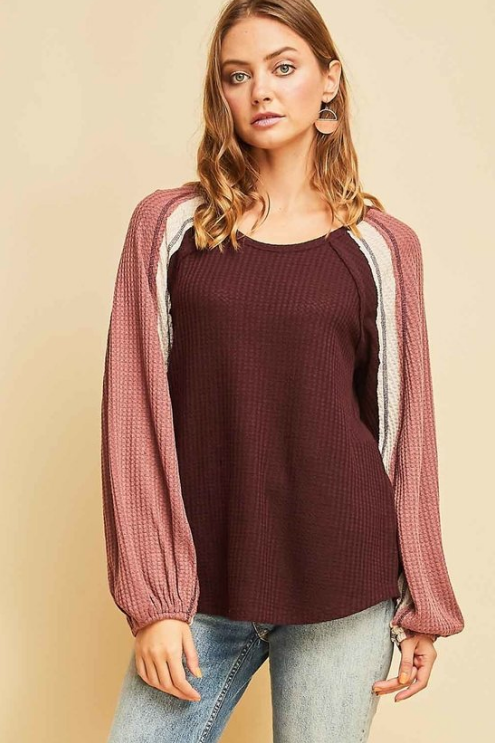 Waffle Knit Scoop-Neck Featuring Contrast Detail at Sleeve