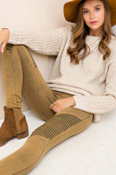 *OLIVE* Acid wash mid-waist legging pants featuring ribbed details at front.