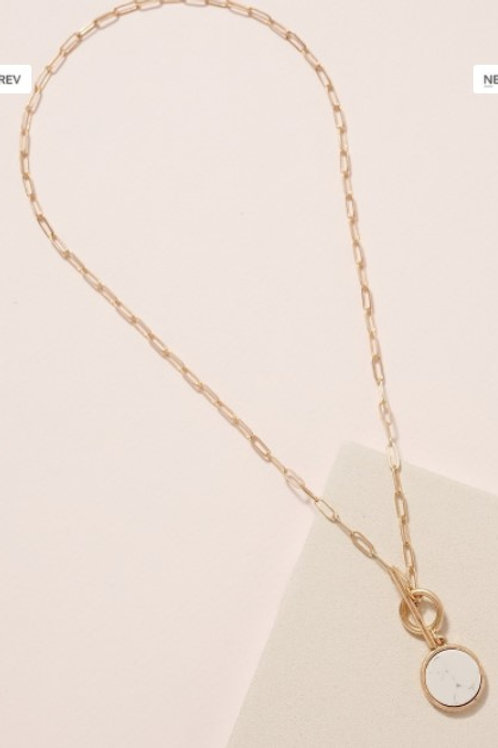 Short link chained necklace