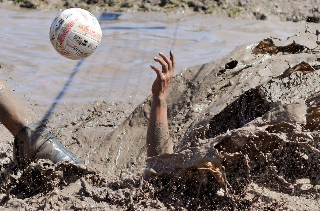 Mud Volleyball2.jpg