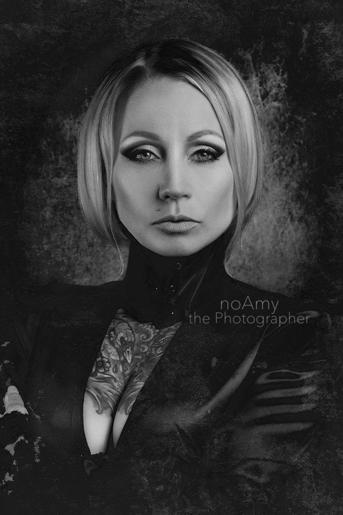 Darja Vaarsi California Widow NoAmy Phot
