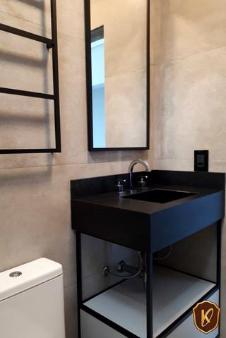 Balcão e espelheira de banheiro.png