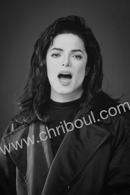 MJ 001
