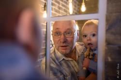 Деда с внуком