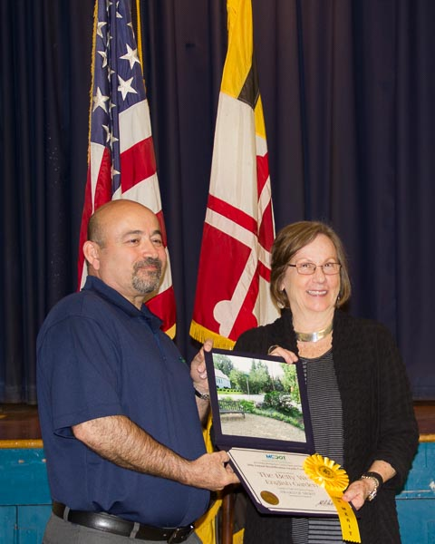 Accepting the MCDOT 29th Beautification Award