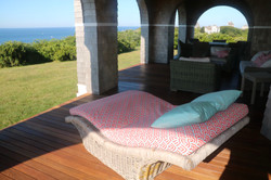 Outdoor extra large cushions