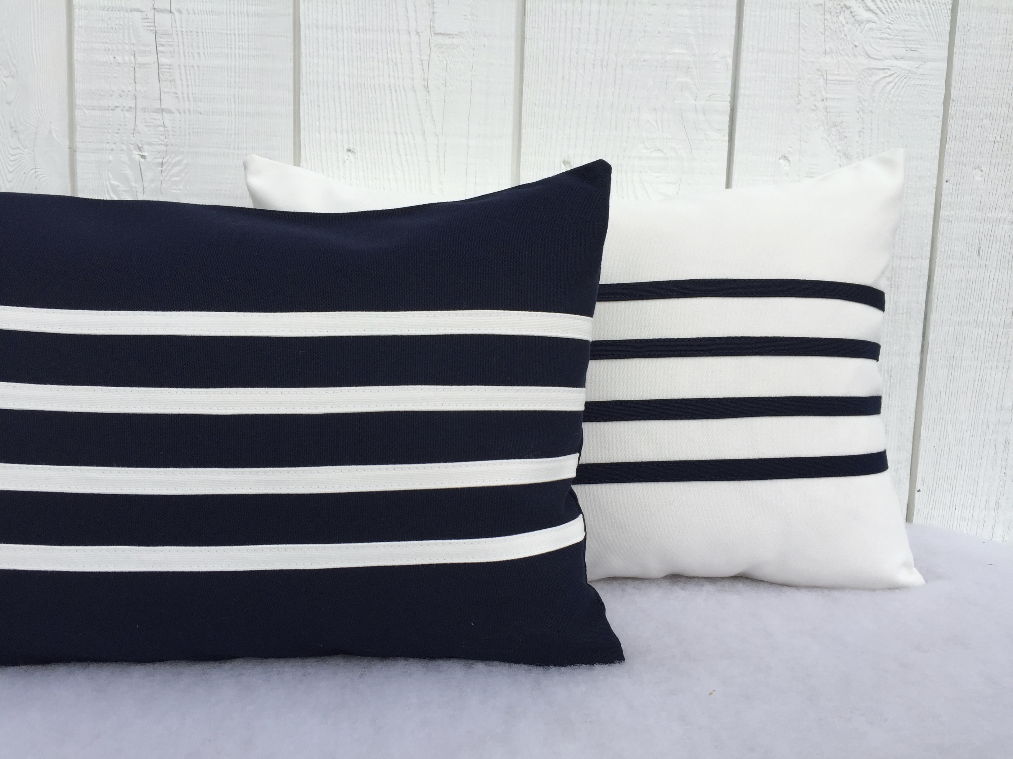 Outdoor navy blue decorative pillows
