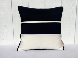Outdoor Black and white pillows
