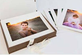 art mount box 1.JPG