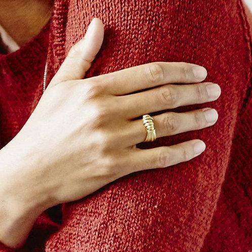 Brass Ribbon Ring