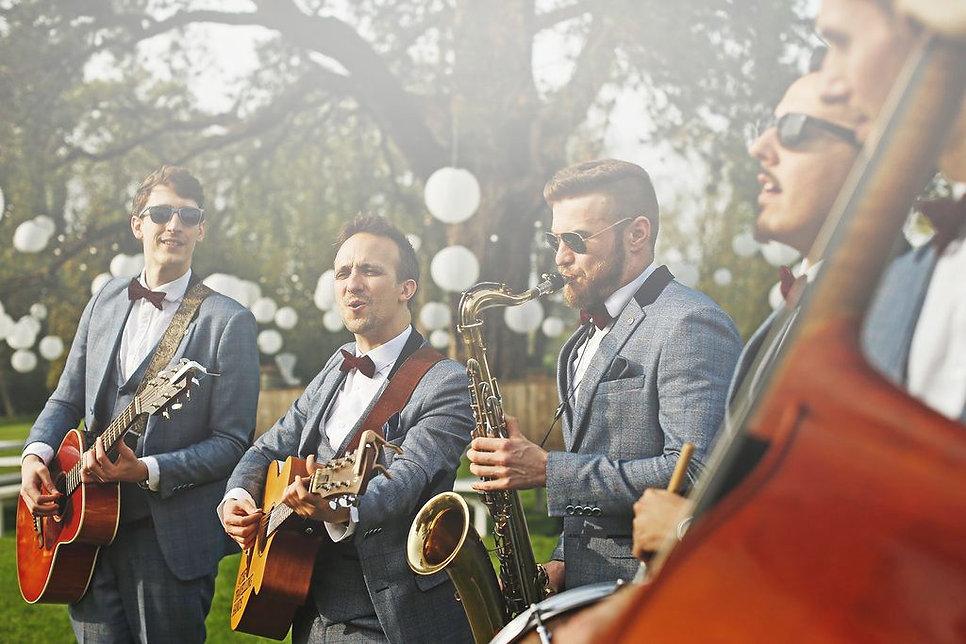 London Acoustic Wedding Band