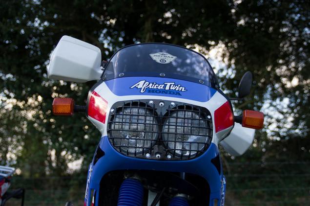 Honda AT 650 1.jpg