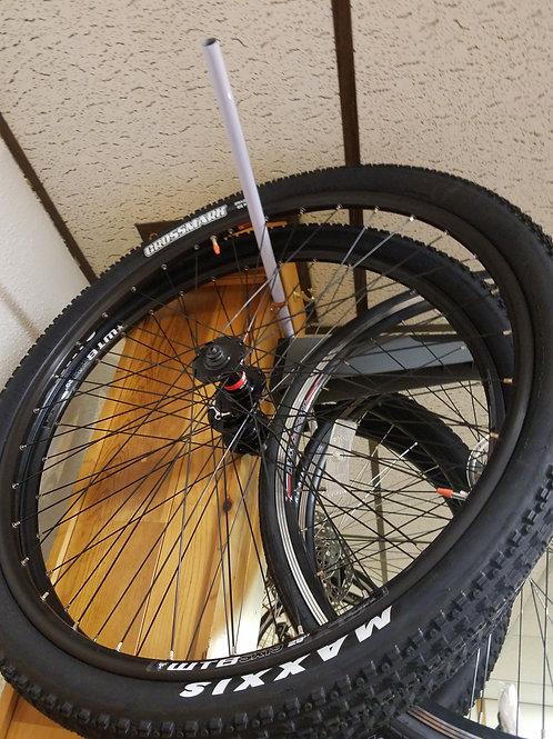WTB 29er mountain bike wheelset maxxis tire