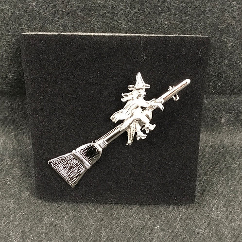 WITCH ON BROOM PIN