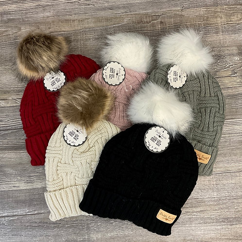 PLUSH LINED KNIT PUFF HAT
