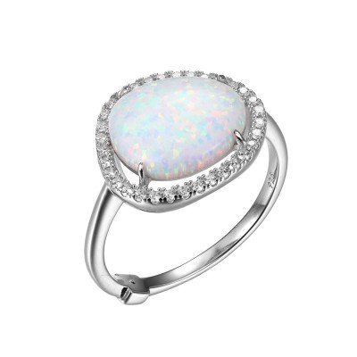 This Syn-Opal Ring Makes a Big Statement!