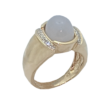 14K Yellow Gold Lavender Jade Cabochon Ring with Diamonds