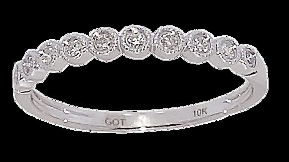 10K White Gold Diamond Fashion Ring