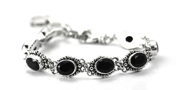 Black S/S Facet Bl Onyx Station Bracelet