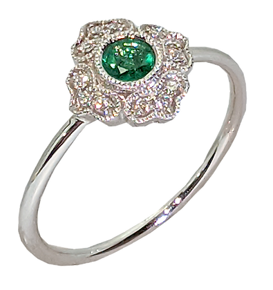 14K White Gold Ring with Round Emerald