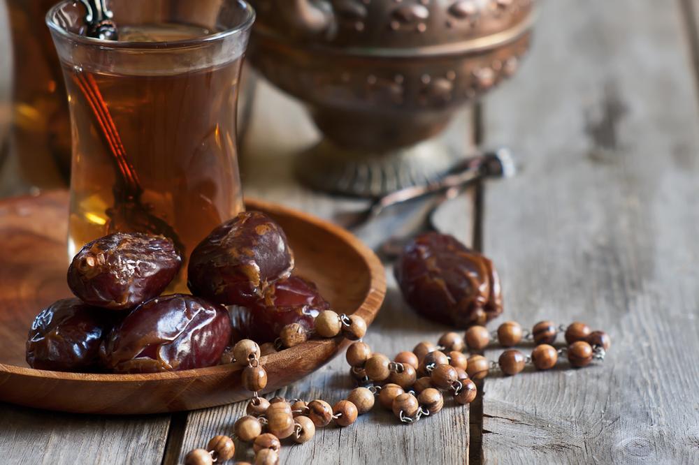 Dattel und Tee im Orient