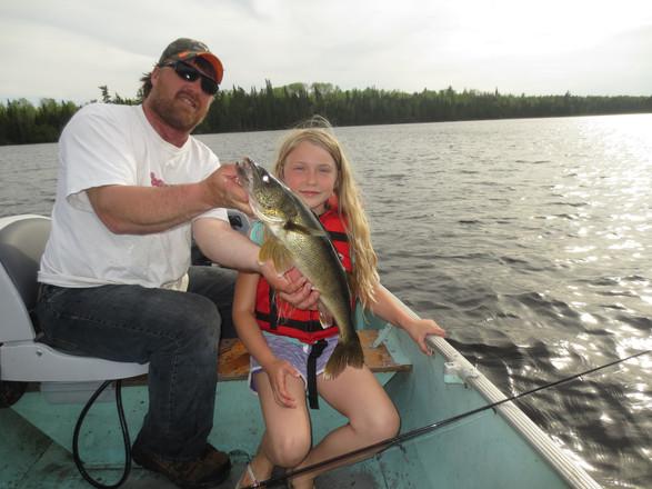 walleye fishing Canada