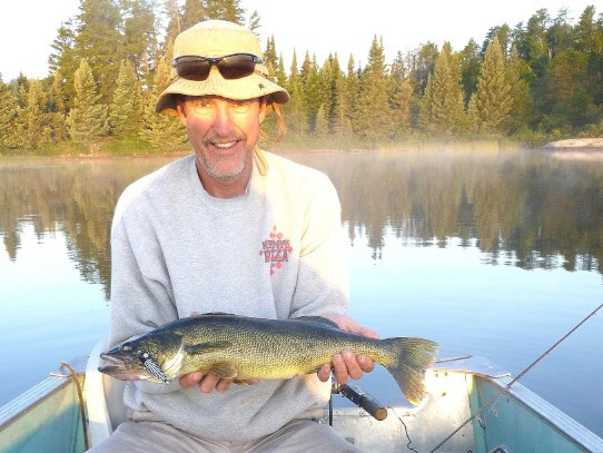 fly-in walleye outfitter