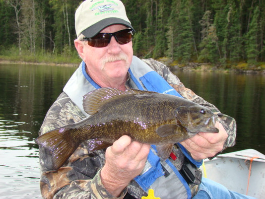 bass fishing outfitter