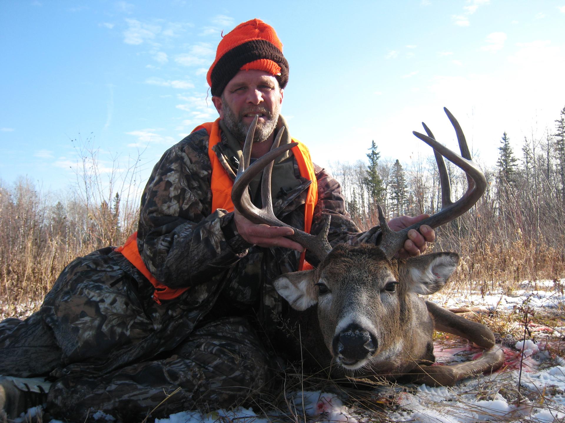 guided deer hunt Ontario