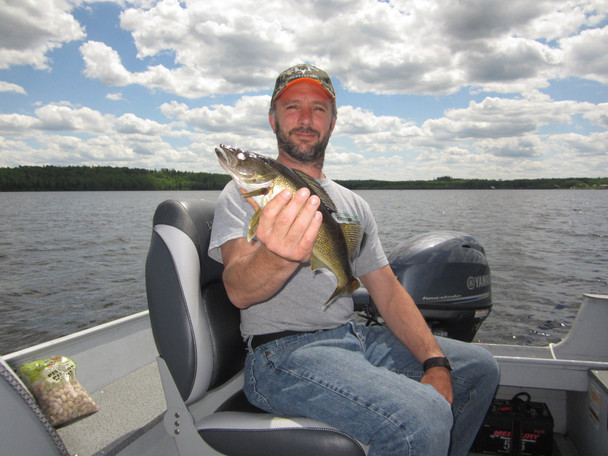 Ontario drive to walleye