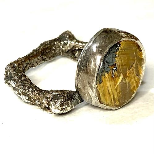 Star rutile quartz ring