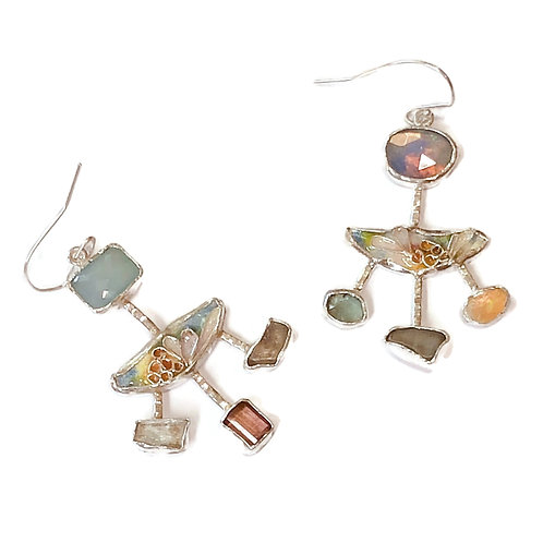 Cloisonné earrings with mixed gemstone