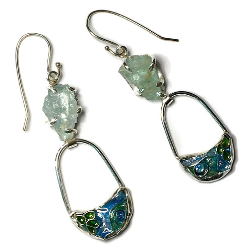 Cloisonné earrings withrough aquamarine