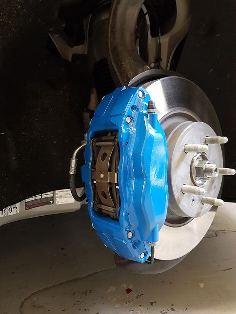 Tesla Model X Remklauwen blauw gespoten