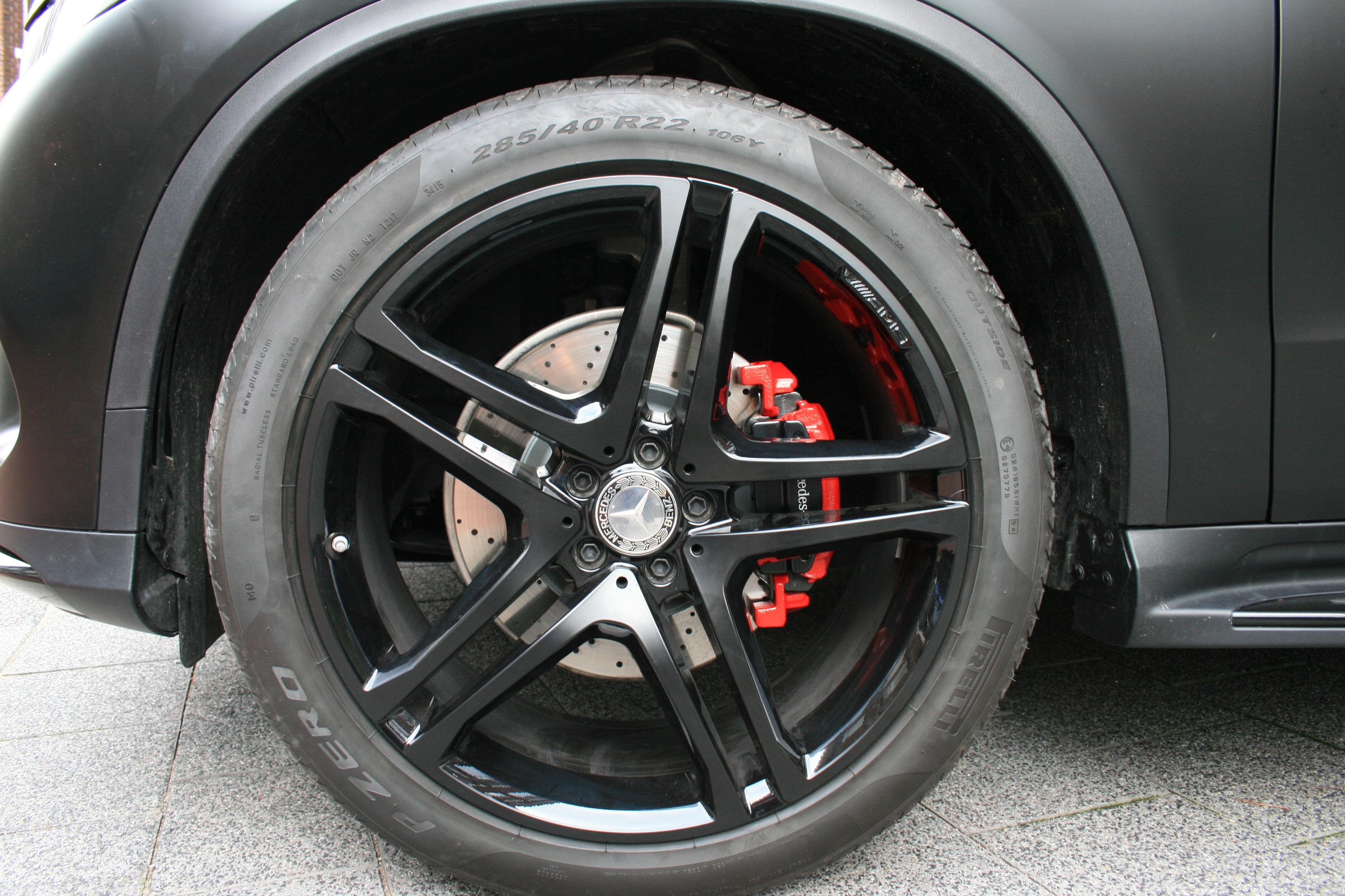 Mercedes Remklauwen Spuiten