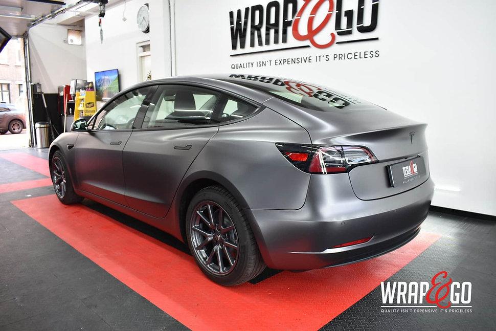 Tesla-model3-3m-satin-dark-grey-autowrap