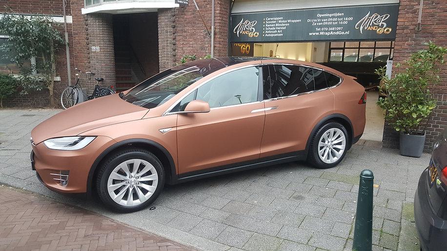 Carwrap Tesla Model X Avery Matte Brown
