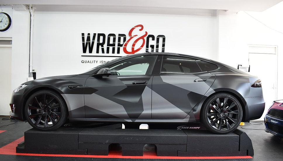 Carwrap Tesla Model S 3M Matte Silver WrapAndGo