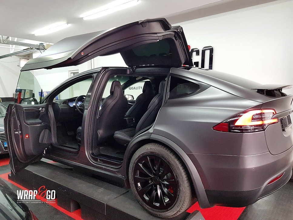 Inside Carwrap Tesla Model X 3M Satin Grey WrapAndGo
