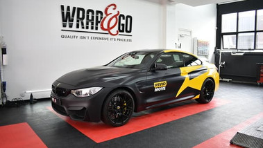 BMW 4-serie Crash Move Carwrap Design.jp