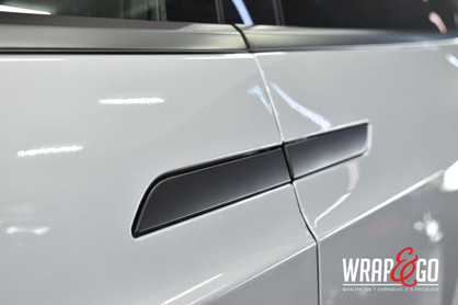 Tesla Model X Chrome Delete Car Wrap
