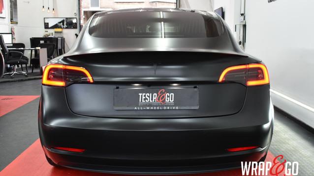 Tesla Model 3 achterlichten tinten