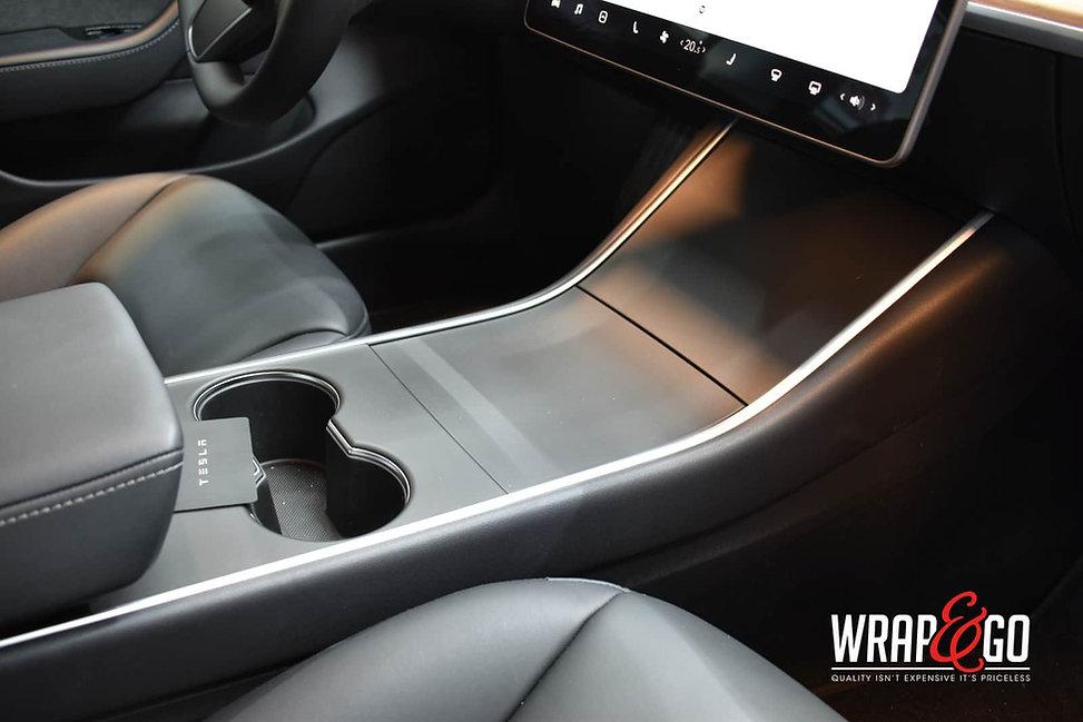 tesla-model3-middenconsole-wrap-mat-zwart