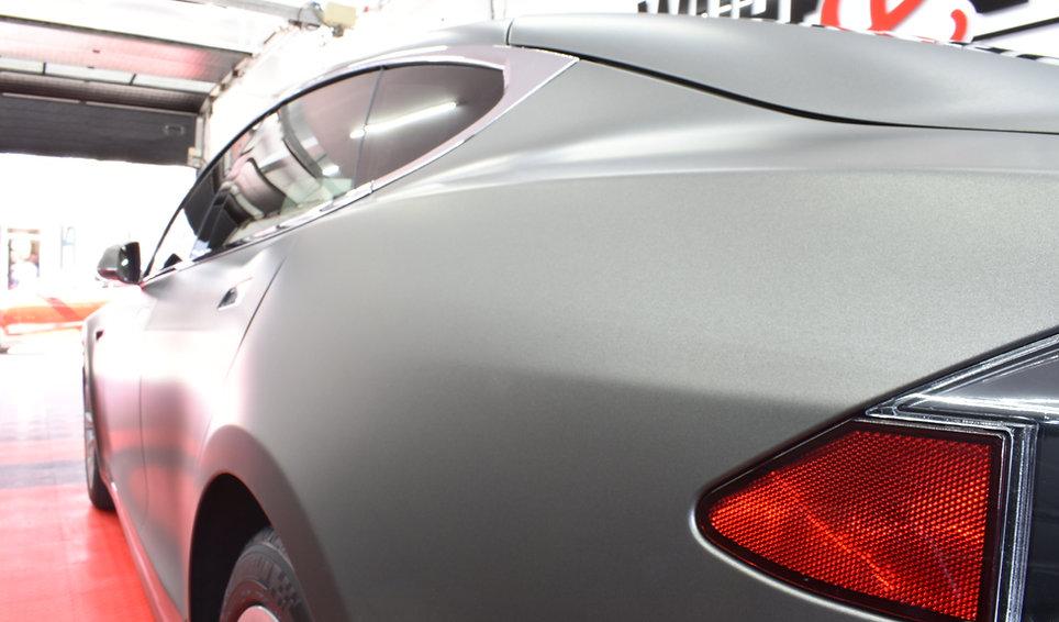Side Carwrap Tesla Model 3M Matte Charcoal WrapAndGo