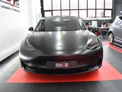 Tesla Model 3 koplampen tinten lampen