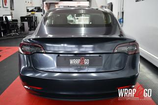 Tesla Model 3 Teckwrap Diamond Black Car Wrap
