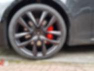 Carwrap Tesla Model S remklauwen en velgen spuiten WrapAndGo