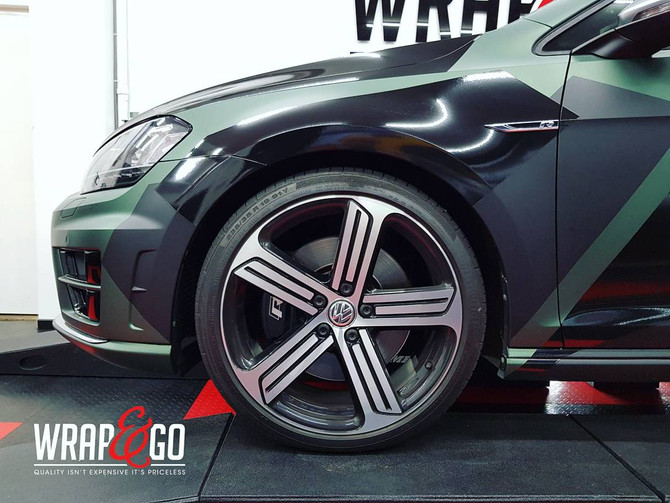 Vetste project?! GOLF 7R Camouflage Carwrap