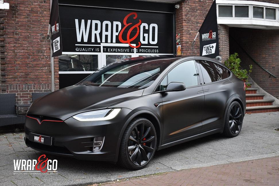 Tesla Model X Autowrap 3M Satin Black Matte Black